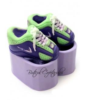Mulaj 2 botosei Nike