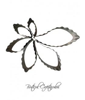 Decupatoare petale si frunze