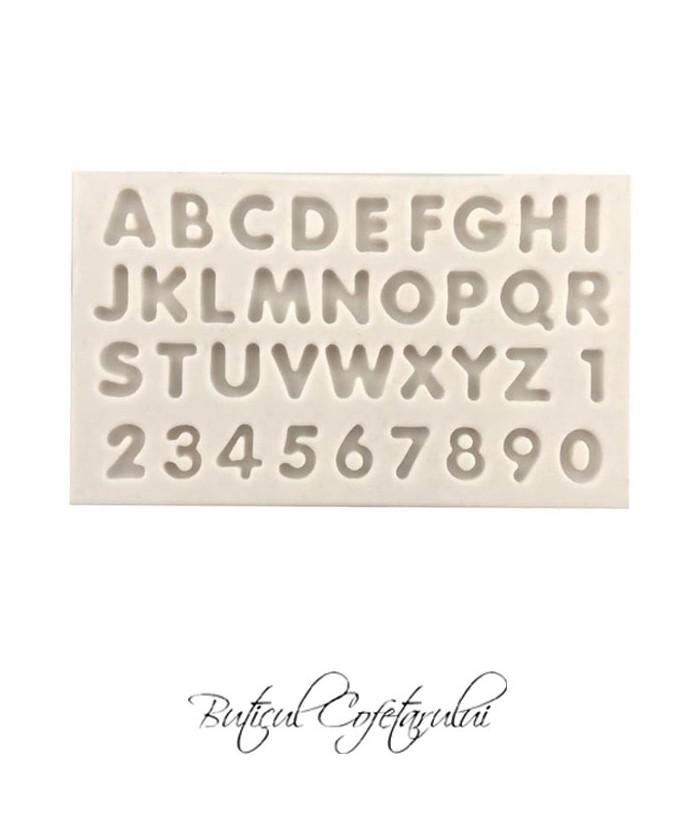 Mulaj litere si cifre